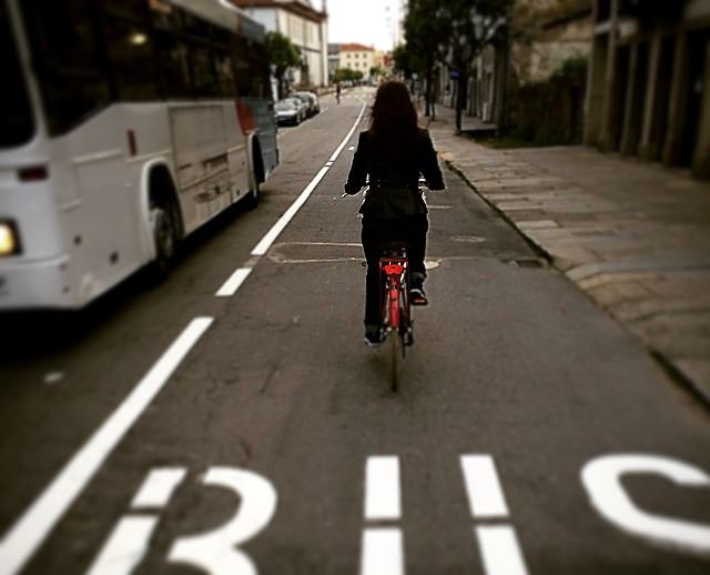 Ciclista na Rua de São VÍtor