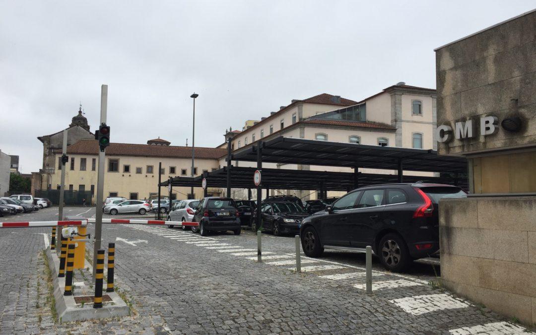E se o parque de estacionamento da Câmara deixasse de fazer falta?