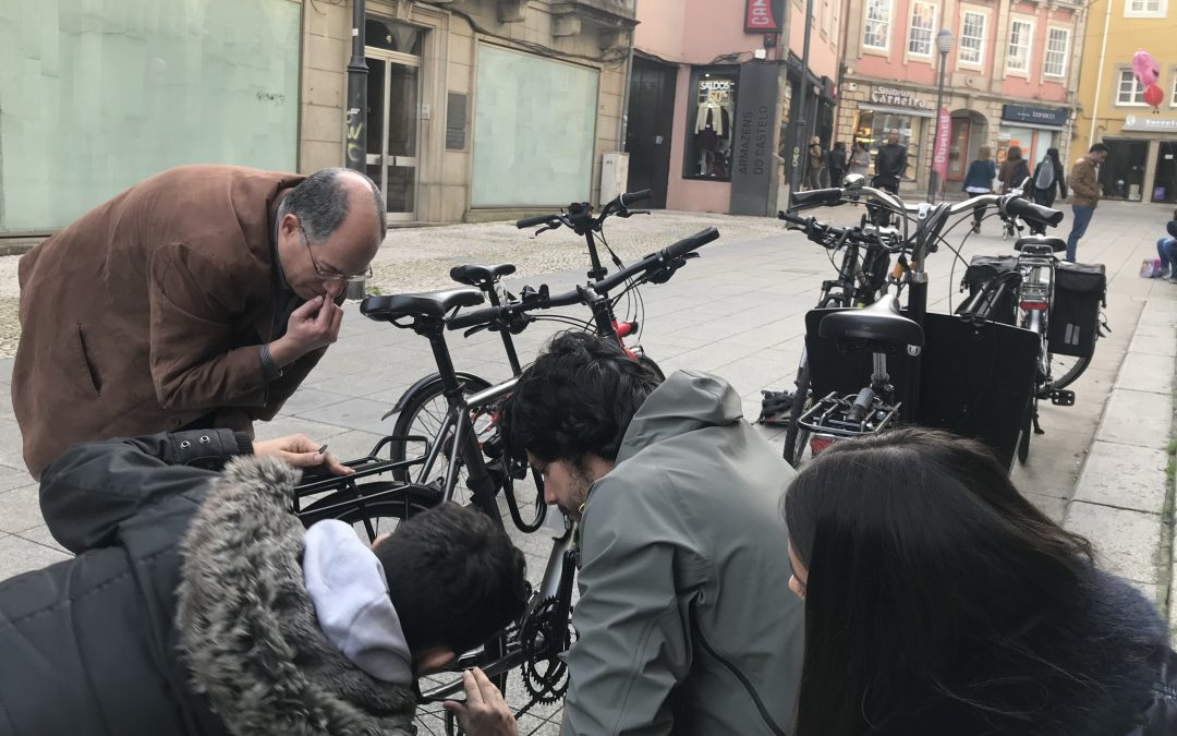 Este Sábado há Cicloficina na Rua do Castelo