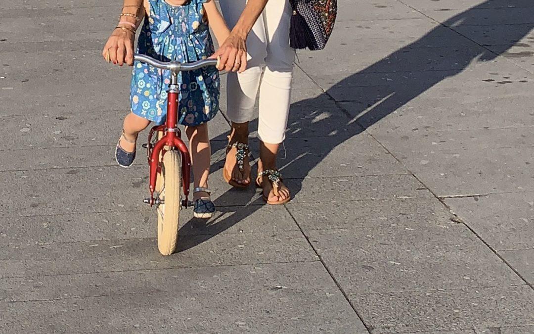 Aulas de Iniciação à Bicicleta e Cicloficina na Praça da Justiça