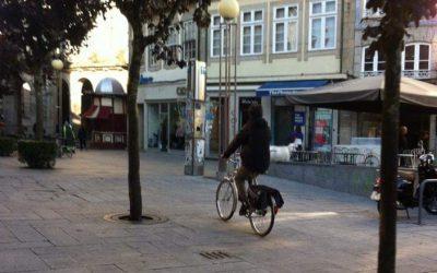 Bicicletas podem circular na zona pedonal de Braga – diz parecer jurídico